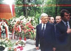 06-09.2000 r. - otwarcie i poświęcenie Polskich Cmentarzy Wojennych-4